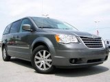 2009 Chrysler Town & Country Mineral Gray Metallic