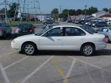 2002 Ivory White Oldsmobile Intrigue GX #15719150