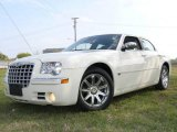 2005 Cool Vanilla Chrysler 300 C HEMI #1532240