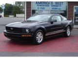 2006 Black Ford Mustang V6 Deluxe Coupe #16468457