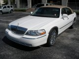 2005 Ceramic White Tri-Coat Lincoln Town Car Signature #16681288