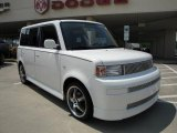 2005 Polar White Scion xB  #16909021