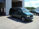 1998 Forest Green GMC Safari SLE AWD Passenger Van #17091458