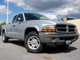 2004 Bright Silver Metallic Dodge Dakota SLT Club Cab #17100197