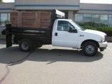 2004 Ford F350 Super Duty XL Regular Cab Chassis Data, Info and Specs