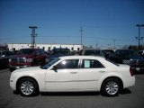 2008 Cool Vanilla White Chrysler 300 LX #17171922