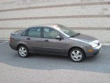 2005 Liquid Grey Metallic Ford Focus ZX4 SES Sedan #17268197