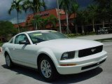 2007 Performance White Ford Mustang V6 Deluxe Coupe #17692220