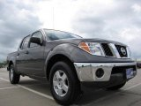 2005 Nissan Frontier SE Crew Cab Data, Info and Specs
