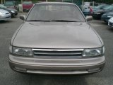 Nissan Maxima 1989 Data, Info and Specs
