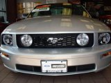 2009 Brilliant Silver Metallic Ford Mustang GT Premium Coupe #18032219