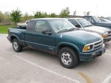 1996 Chevrolet S10 LS Extended Cab 4x4 Data, Info and Specs