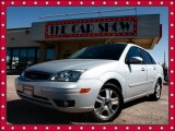 2005 CD Silver Metallic Ford Focus ZX4 ST Sedan #19151873