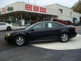 2004 Black Pontiac Grand Prix GT Sedan #19704605
