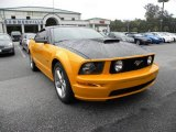 2007 Grabber Orange Ford Mustang GT Deluxe Coupe #19885444