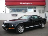 2007 Black Ford Mustang V6 Deluxe Coupe #2004086