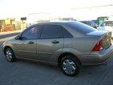 2004 Arizona Beige Metallic Ford Focus SE Sedan #20408475