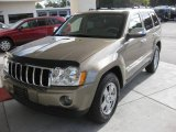2006 Light Khaki Metallic Jeep Grand Cherokee Limited #20609359