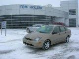 2003 Arizona Beige Metallic Ford Focus SE Sedan #2058414