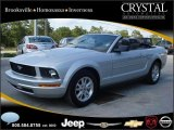 2007 Satin Silver Metallic Ford Mustang V6 Deluxe Convertible #20874910
