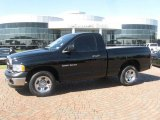 2004 Black Dodge Ram 1500 ST Regular Cab #21070169