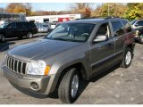 2006 Light Khaki Metallic Jeep Grand Cherokee Laredo 4x4 #21245238
