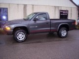 2002 Dodge Dakota SXT Regular Cab 4x4 Data, Info and Specs
