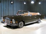 Mercedes-Benz 280 SE Data, Info and Specs