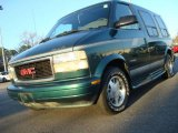 1998 Forest Green GMC Safari SLE Passenger Van #23906330
