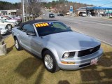 2007 Satin Silver Metallic Ford Mustang V6 Deluxe Convertible #24087322