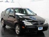2005 Pitch Black Ford Focus ZX4 SES Sedan #24493476