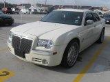 2005 Cool Vanilla Chrysler 300 C HEMI #24901330