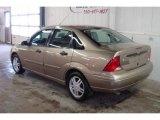 2003 Arizona Beige Metallic Ford Focus SE Sedan #24945445