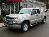 2004 Sandstone Metallic Chevrolet Silverado 1500 Z71 Extended Cab 4x4 #25062941