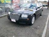 2005 Brilliant Black Crystal Pearl Chrysler 300  #25196188