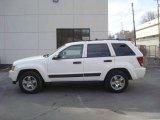 2006 Stone White Jeep Grand Cherokee Laredo 4x4 #25247999