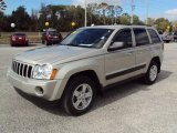 2006 Light Khaki Metallic Jeep Grand Cherokee Laredo #25676131