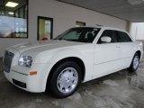 2005 Cool Vanilla Chrysler 300 Touring #25676078