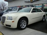 2008 Cool Vanilla White Chrysler 300 LX #25752471
