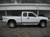 2003 Bright White Dodge Dakota SLT Club Cab 4x4 #26210193