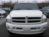 2000 Bright White Dodge Ram 1500 Sport Extended Cab 4x4 #26399162