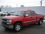 2000 Victory Red Chevrolet Silverado 1500 LS Extended Cab 4x4 #26460374