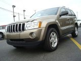 2006 Light Khaki Metallic Jeep Grand Cherokee Limited #26744005
