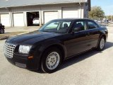 2005 Brilliant Black Crystal Pearl Chrysler 300  #26778461