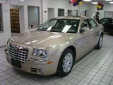 2008 Light Sandstone Metallic Chrysler 300 C HEMI #27051365