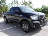 Toyota Tundra 2010 Data, Info and Specs