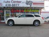 2005 Cool Vanilla White Dodge Magnum SE #2724989