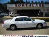 2006 Vibrant White Lincoln Town Car Signature #27324869