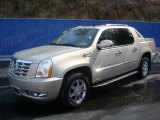 2007 Gold Mist Cadillac Escalade EXT AWD #27414100