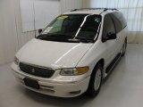 1996 Chrysler Town & Country White